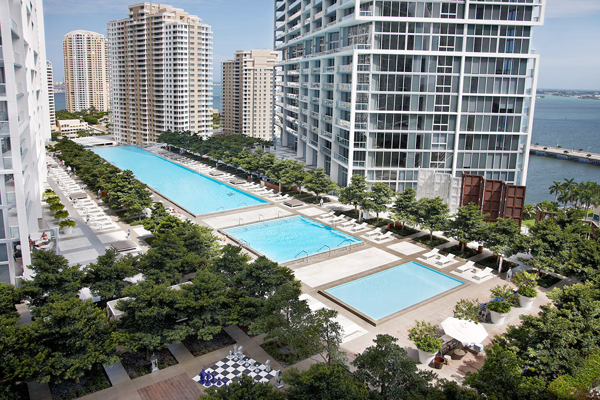 Icon Brickell Pool